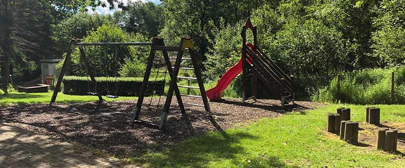 Spielplatz Wohngruppe Kinderhaus Birkennest